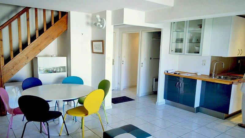 Appartement T3 en DUPLEX, holiday rental in Six-Fours-les-Plages