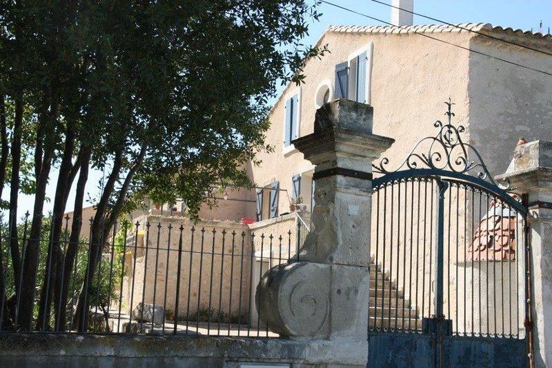 Offre 2020 - Beau gite dans ancien domaine viticole, location de vacances à Puissalicon