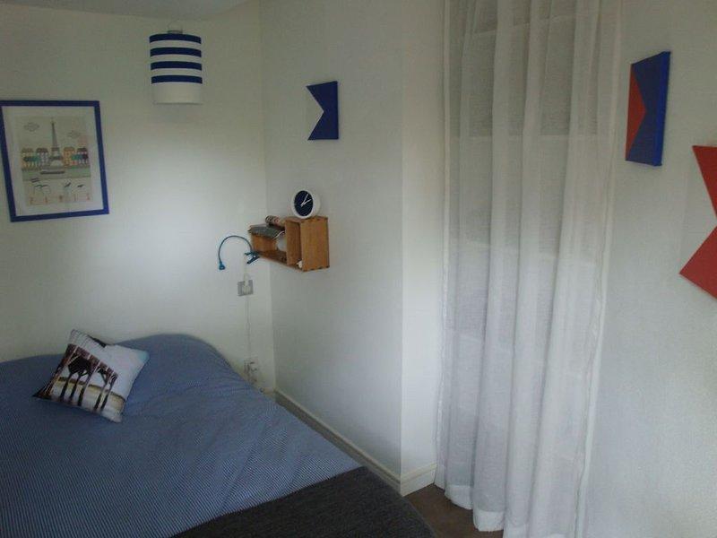 Splendide appartement avec  jardin clos,  terrasse ombragée 250 m plage, location de vacances à La Teste-de-Buch
