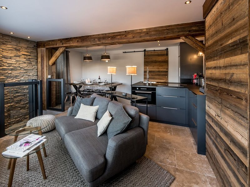 DUPLEX CONTEMPORAIN 3CH (6p) COURCHEVEL 1850, Ferienwohnung in Courchevel