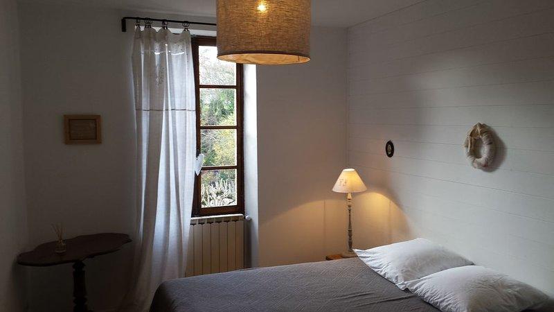 Maison de charme à Dieulefit en Drôme Provençale,  certifiée Qualité Drôme, Ferienwohnung in Roche-Saint-Secret-Beconne