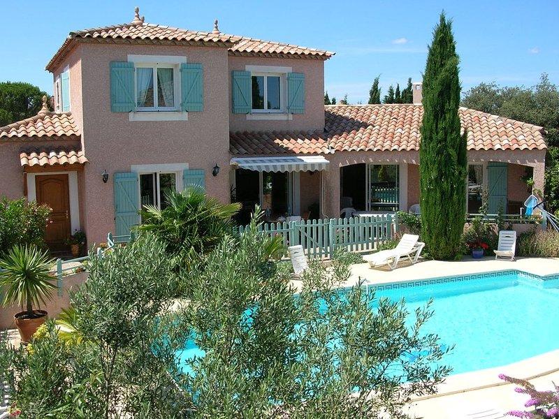 VILLA+PISCINE PRIVEE 6PERS Cournonterral . 15kms de Montpellier et de la plage, alquiler vacacional en Cournonterral