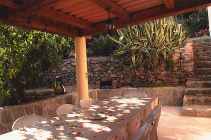 APPARTEMENT très bien équipé (côté Cargèse), location de vacances à Cargese