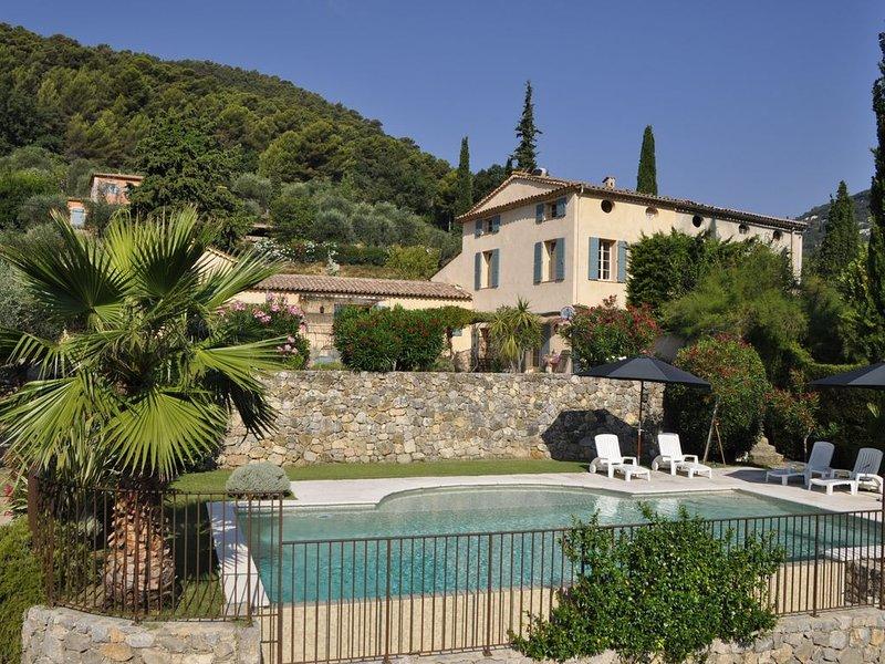 Mas 19è siècle restauré - Piscine privée chauffée -  Idéalement situé au calme, location de vacances à Grasse