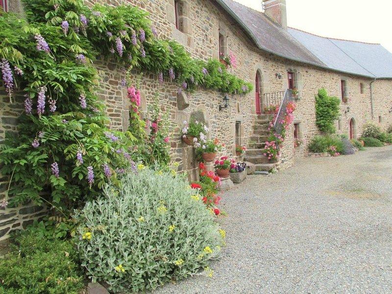 Glycine gîte 4****  en Baie du Mt-St-Michel, location de vacances à Dol-de-Bretagne
