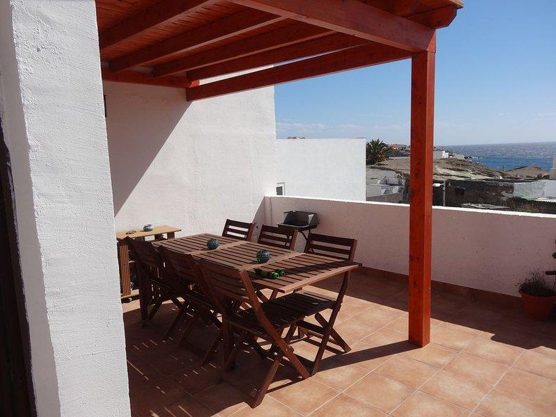 Casa Lagarto Jolie maison de vacances  6 personnes, 3 ch., terrasse  vue mer, holiday rental in Poris de Abona