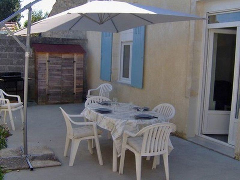 Maison de 42m² avec terrasse et salon de jardin, transats, barbecue, location de vacances à Fouras