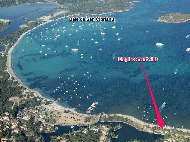 villa MAELLA à même la plage de San Ciprianu 7km Porto Vecchio. 4 ou 6 chambres, location de vacances à Lecci