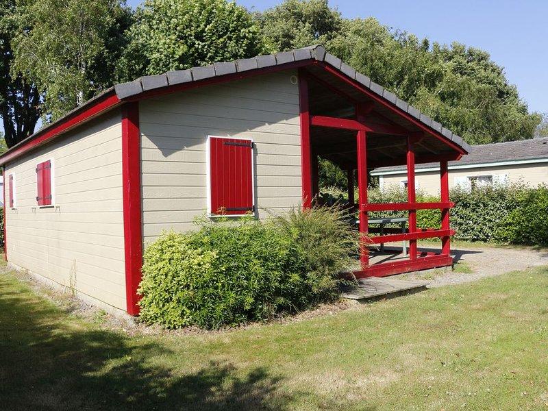 Chalet au calme à 2 min du Parc animalier de Branféré et 15 min de la mer, location de vacances à Questembert