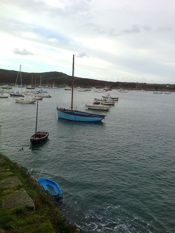 Port du Conquet .5 km from the house via the coastal path GR34