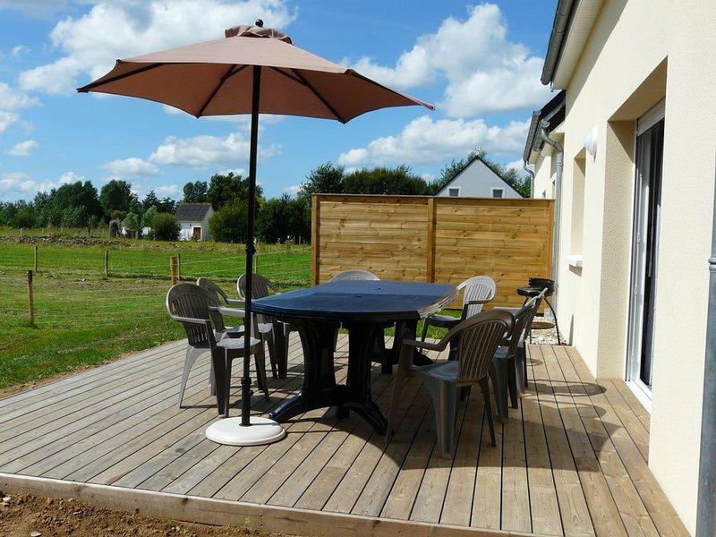 Belle maison à 100m de la plage avec terrasse et jardin clos, casa vacanza a Saint-Floxel