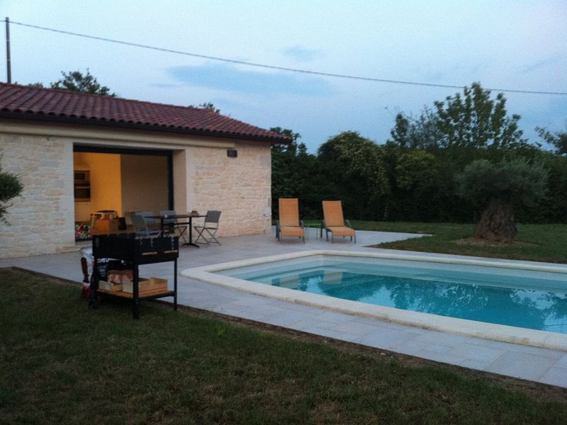 pavillon de charme dans le quercy blanc, holiday rental in Saint Projet