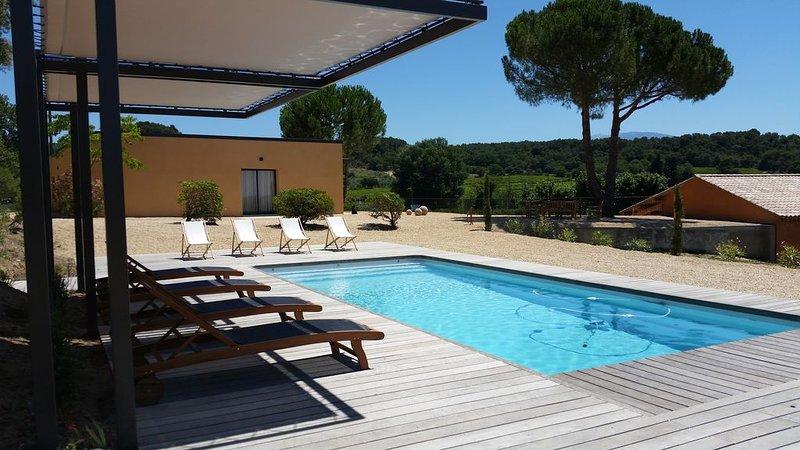 Maison moderne , entièrement climatisée, vue panoramique!, holiday rental in Villedieu