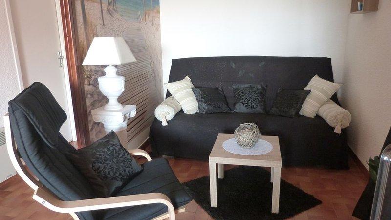 Appart. en duplex 6 couchages avec Wifi à 2 mn à pied de la plage, location de vacances à Marseillan
