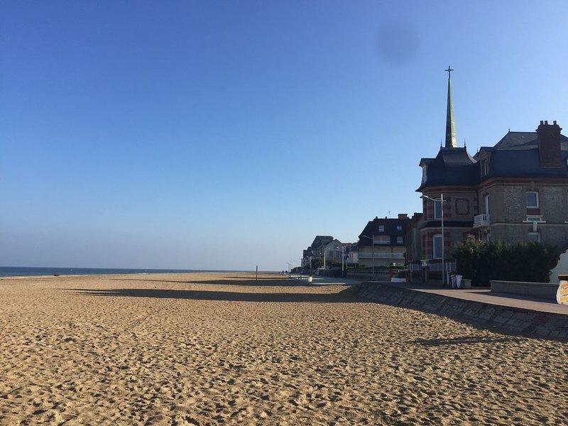 Maison entièrement rénové classée 4 étoiles  proche centre-ville et bord de mer, alquiler de vacaciones en Calvados