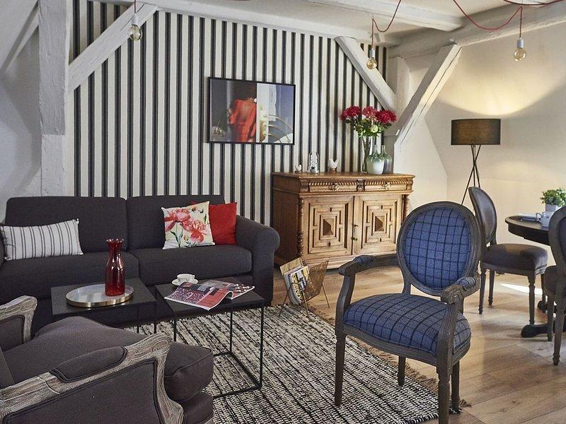 Appartement SAINT-MARTIN 2, en plein coeur de Colmar, Ferienwohnung in Haut-Rhin
