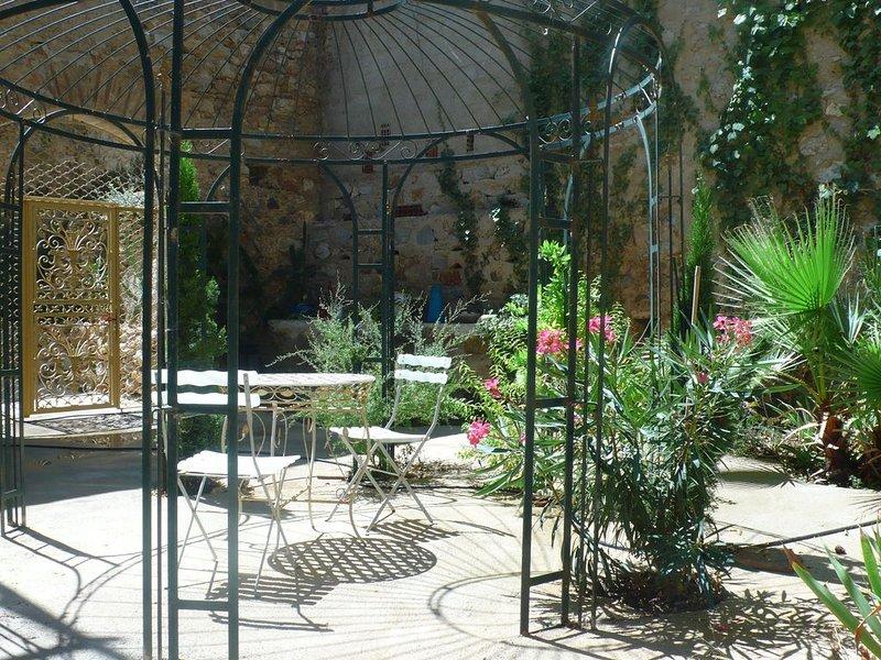 garden of beautiful Provance