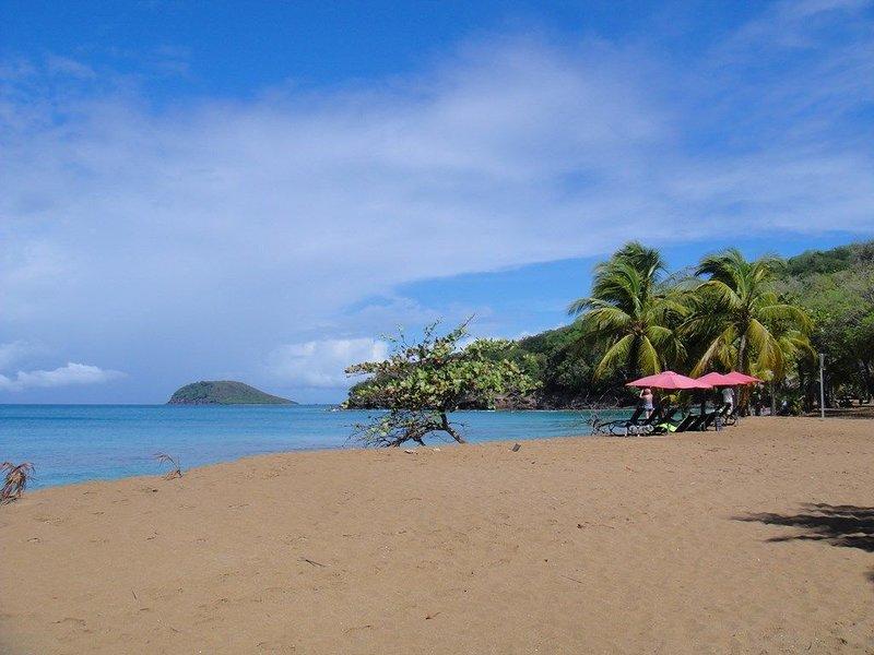 Playa de Kawan e Islet