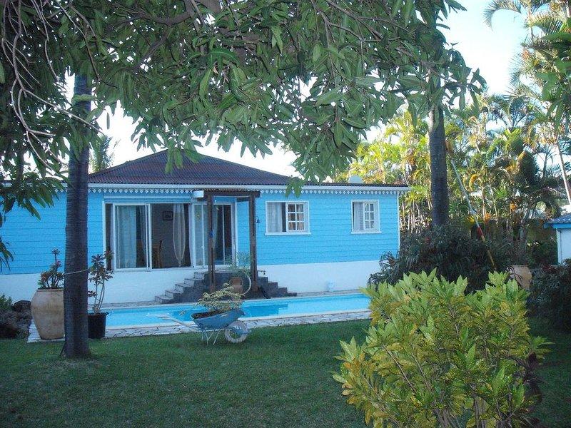 Maison avec piscine et studios meublés dans le sud  au Tampon 400, location de vacances à Le Tampon