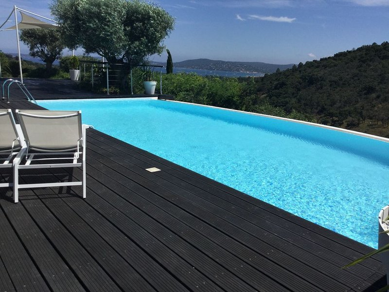 Offre Spéciale Les voiles à St tropez du 26 /9 au 10 /10, vacation rental in Port Grimaud