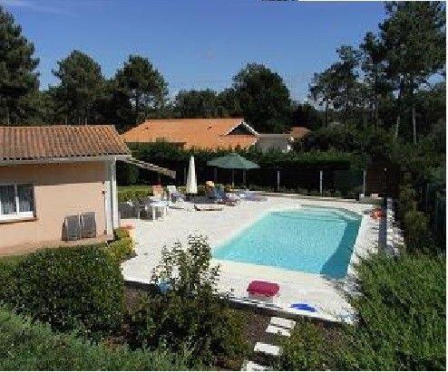Minimum 7 nuits Lacanau-Océan: Villa ,piscine chauffée (1juin 2019/28-9-2019), holiday rental in Lacanau
