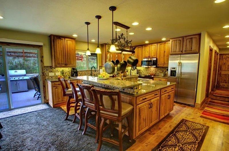 Main level kitchen. Any chef's dream!!!