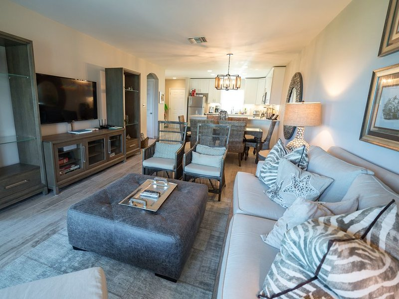 2br/2ba Newly renovated Oceanfront retreat at Northwest Point Resort, holiday rental in Providenciales