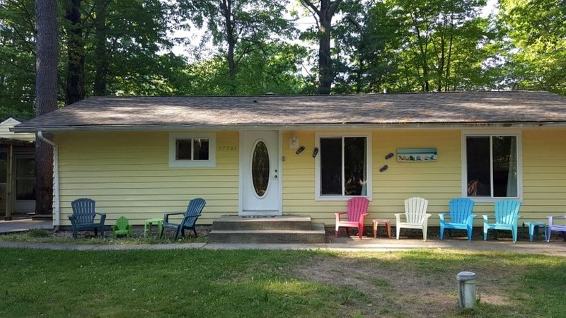 Darling cottage in dunes area  - Beautiful Outdoor kitchen!!, holiday rental in Bangor