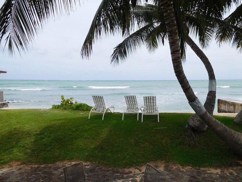 Beachfront-Luxury Vacation Home in Hawaiian Paradise, vacation rental in Waipahu