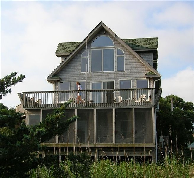 * Avon Sound View *  * Awesome Getaway *, vacation rental in Avon
