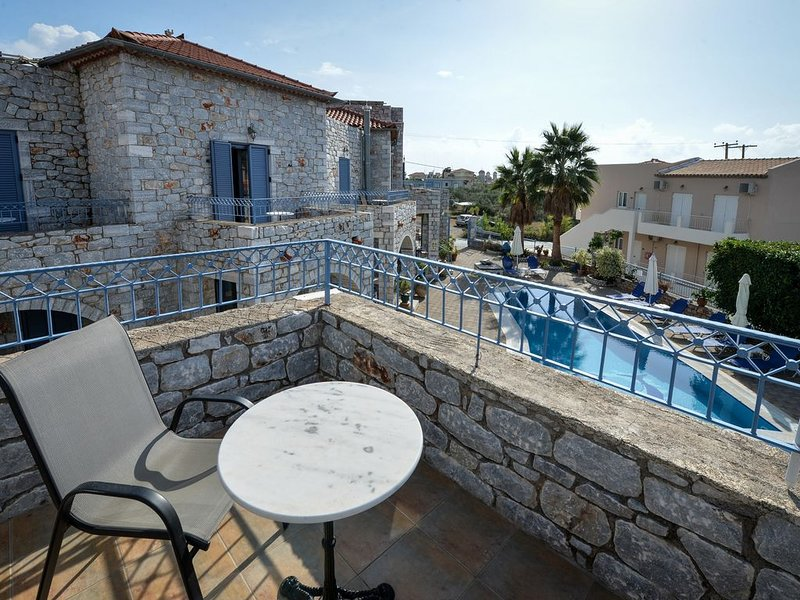 Taletos Apartments 250m From The Beach, aluguéis de temporada em Lefktro