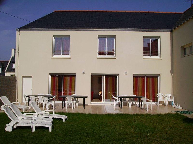 Grande maison familiale, jardin  clos, port du guilvinec, plages, WE, semaine, alquiler vacacional en Plomeur