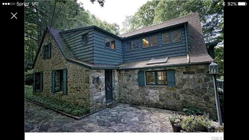 Peaceful Candlewood  lake/woods retreat., holiday rental in Bethlehem
