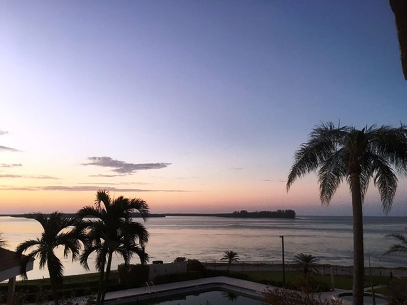 Newly Updated South End Marco Island With Spectacular Intercoastal Views, vacation rental in Marco Island