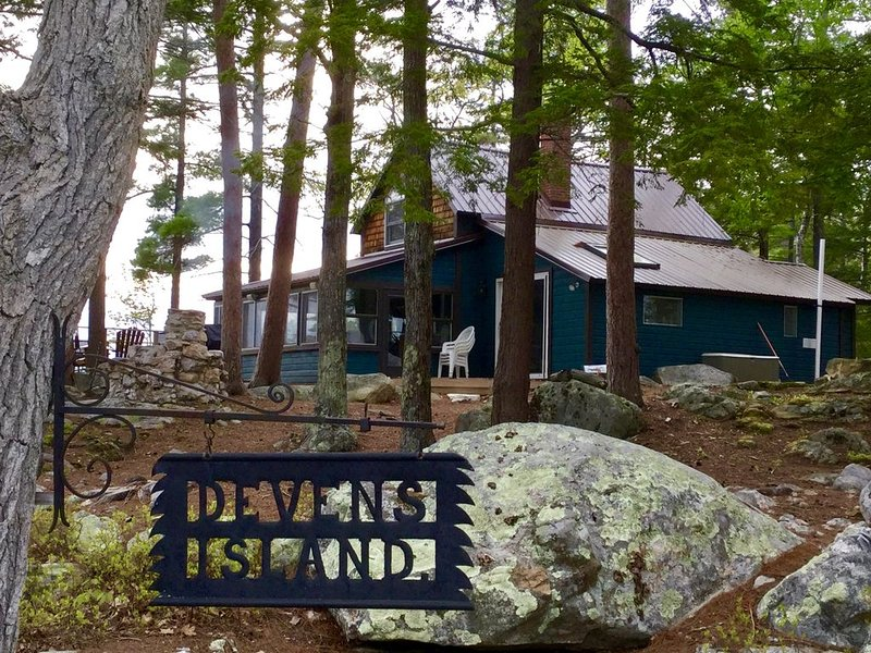 Welcome to Devens Island!