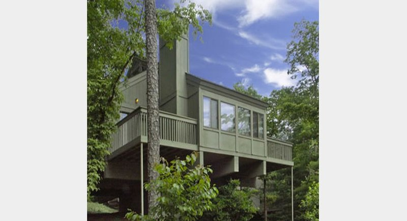 Celebrate Christmas or New Years at Big Canoe Georgia - $85 - 100 night sleeps 8, vacation rental in Big Canoe