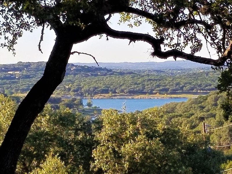 Boutique Stonehouse in Texas Hill Country, location de vacances à Canyon Lake