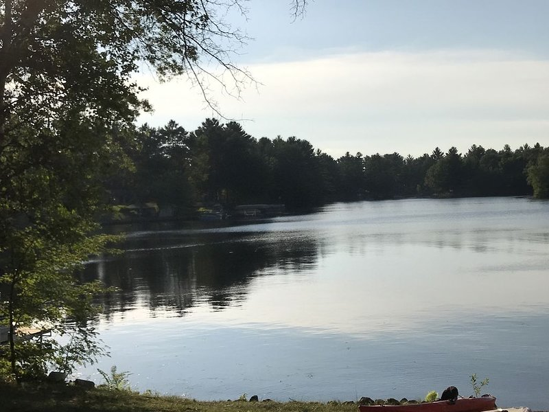 Spectacular Lake House in Northern Wisconsin, holiday rental in Holcombe