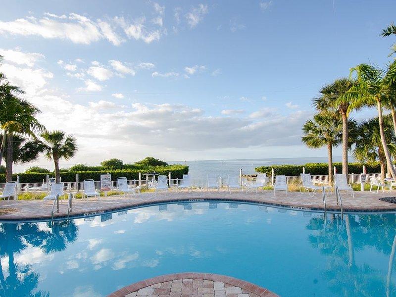 No Hurricane Damage 132 Anglers Reef Monthly Rental- new to rental pool  DOCK, alquiler vacacional en Matecumbe Key