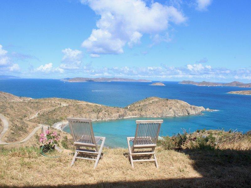 vue sur la baie Privateer et les îles Vierges britanniques depuis l'appartement