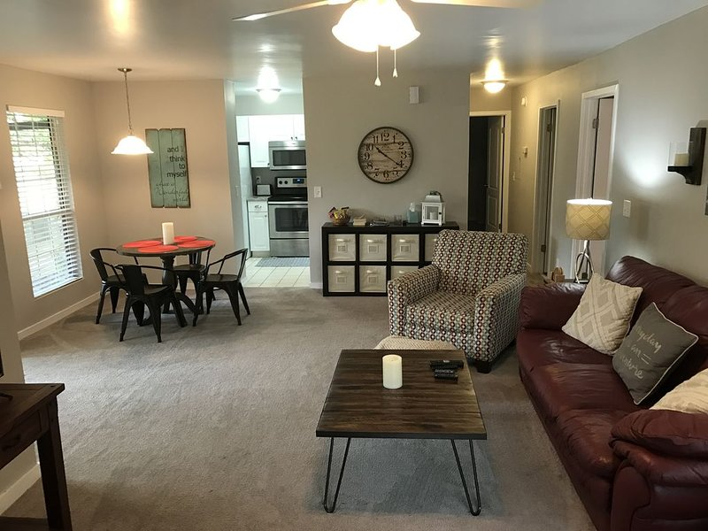Your Chas. Hm. 2 Bedrm And 2 Baths, vacation rental in Drayton