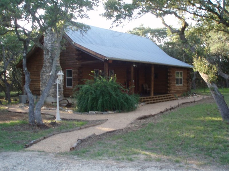 Your Escape to Paradise in the Texa Hill Country, location de vacances à Fischer