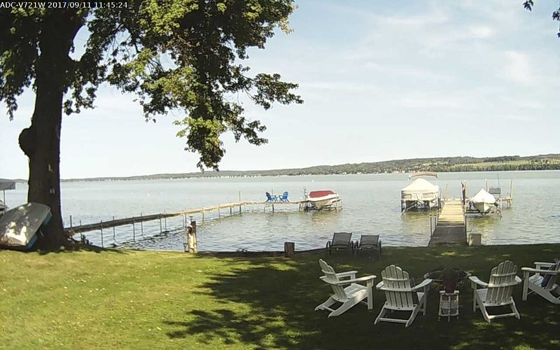 Lakefront Cottage on Chautauqua Lake - Sleeps 8, vacation rental in Chautauqua County
