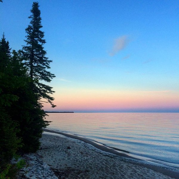 Access to the best white sand beach in the Keweenaw!, vacation rental in Copper Harbor