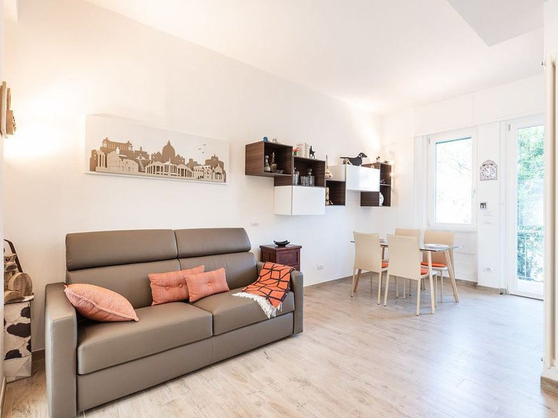 Arno Modern Apartment Open Space with Lift, location de vacances à Bagno a Ripoli
