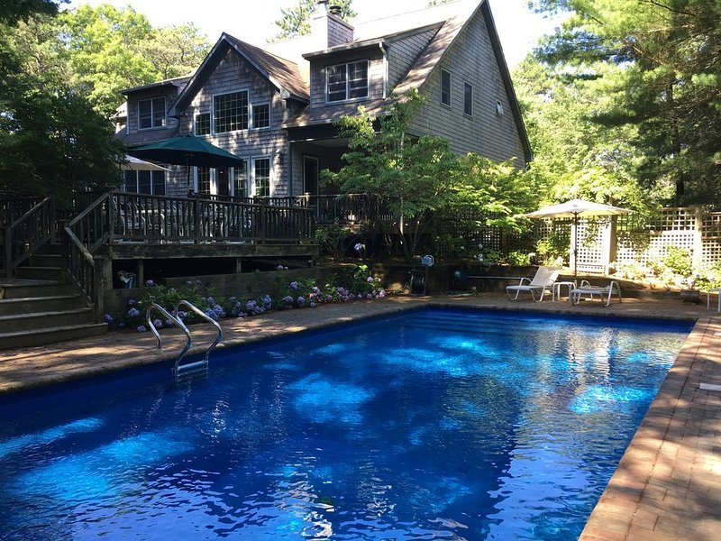 Best Summer Ever Awaits in East Hampton airy 3600 sf hideaway 4 bedroom, 4 bath, holiday rental in Wainscott