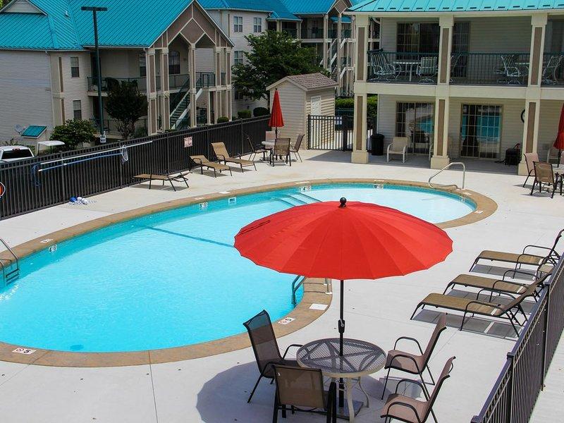 Branson Lakes Emerald Bay Escape Onsite Marina, two Pools ,Tennis Court, Wifi, casa vacanza a Hollister