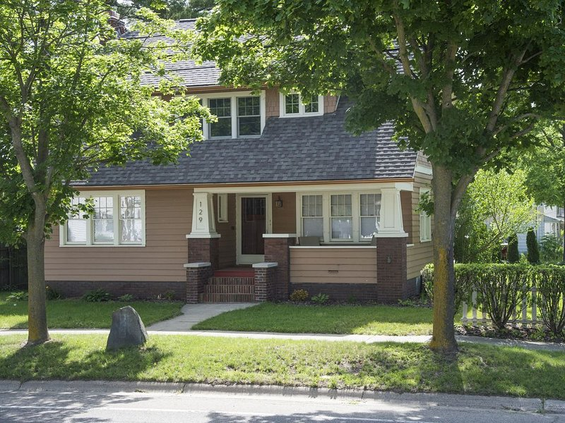 The Bobeda Bungalow is steps to downtown Flushing and has ample  parking,