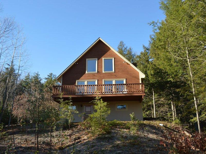 Mountain views & sauna; near 5 ski areas, shopping, great location!, aluguéis de temporada em Bartlett