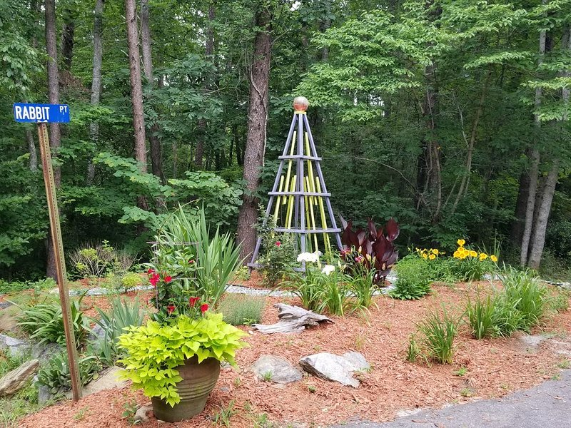 Blueberry Shoals is nestled in the foothills of the Blue Ridge Mountains., holiday rental in Dawsonville